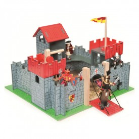 Chateau Camelot by Le toy van